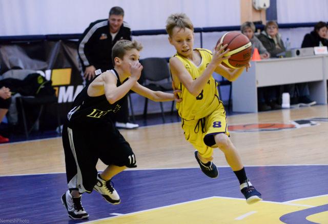 Справжні баскетболісти розпочинають свій тернистий шлях до Олімпу в досить юному віці. Фото Ярослави Немеш