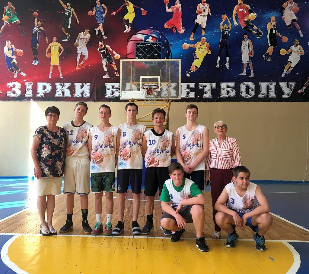 Переможці 1/2 Фіналу КШБЛ 5сx5 команда Спеціалізованої школи № 277 (Деснянський район)